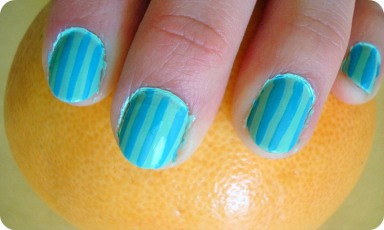 candy-stripe-nails