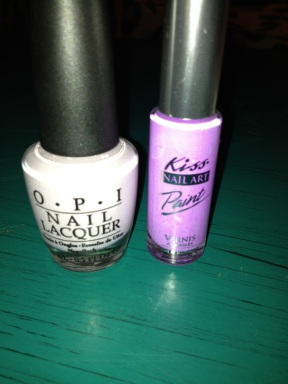 OPI Steady As She Rose and Kiss Nail Art Paint striper in Soft Purple