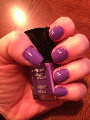 Covergirl Outlast Vio-last nail polish