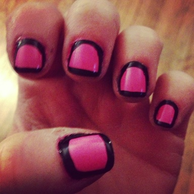 black and pink outline nails