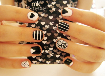 MK My Day black and white nails