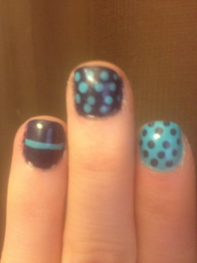 blue mixed print nails - hannahshaner.com