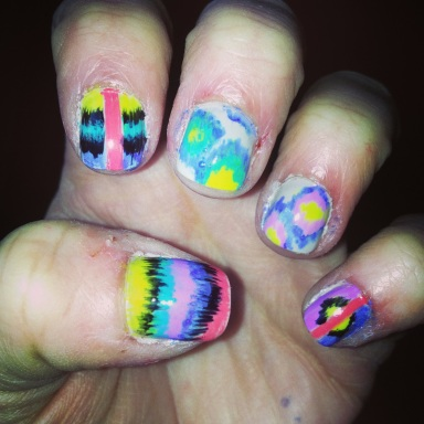tribal and ikat nails - hannahshaner.com